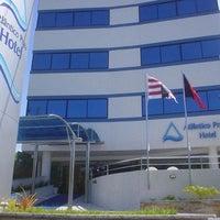 Foto tomada en Atlântico Praia Hotel por Pedro B. el 11/4/2011