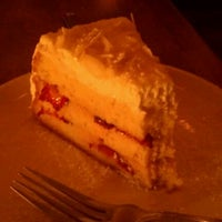 Photo taken at Bee Desserts & Cafe by XChocoX .. on 10/27/2011
