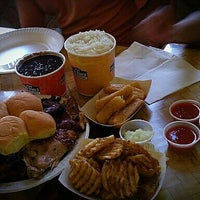 Photo taken at Pollo Tropical by German P. on 7/4/2012