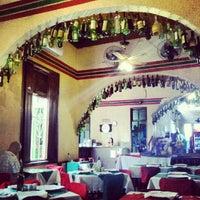 Foto tirada no(a) Piolin Cantina e Pizzaria por Maria C. em 9/9/2012