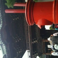 Photo taken at Shibamata Taishakuten (Daikyo-ji Temple) by Takuya S. on 11/6/2011
