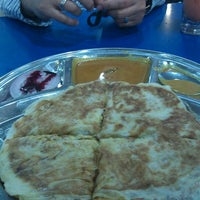 Photo taken at Restoran Al-Bidayah by Roslan M. on 10/25/2011