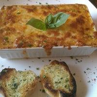 Foto scattata a Pronto Pasta da Amy A. il 10/23/2011