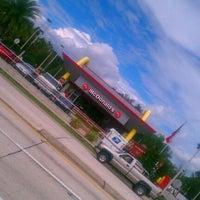 Photo taken at McDonald's by Juan Esteban A. on 10/13/2011