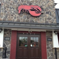 Photo taken at Red Lobster by Courtney L. on 5/22/2012