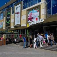 Снимок сделан в McDonald's пользователем Oleg K. 7/15/2012