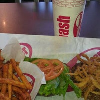 Photo taken at Smashburger by Mary D. on 10/13/2011