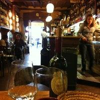 Foto scattata a Vineria Reggio da BehBuonaGiornata M. il 4/24/2012