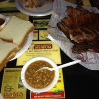 Photo taken at Dreamland BBQ by Kia K. on 3/11/2012