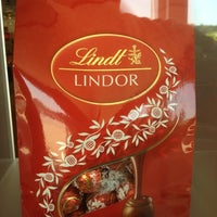 Photo taken at Lindt Factory Outlet by AlohaKarina 🌺🌈🏝 on 6/22/2012
