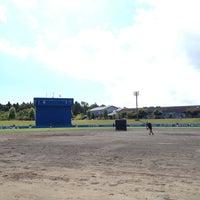 Photo taken at 平成の森しおかぜ球場 by Hisashi H. on 8/19/2012
