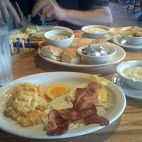 Photo taken at Cracker Barrel Old Country Store by Lindsey B. on 9/25/2011