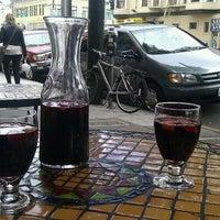 Das Foto wurde bei Picaro Cafe von La am 8/21/2011 aufgenommen