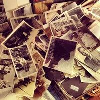 Das Foto wurde bei Uncommon Objects von Tyler M. am 6/3/2012 aufgenommen