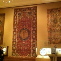 Photo taken at Ancient Near Eastern Art @ The Met by Kornely on 11/29/2011