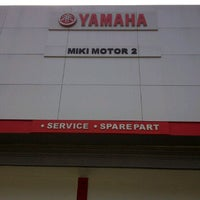 Photo taken at BeRes Yamaha Miki Motor 2 by Wisnu W. on 9/25/2011