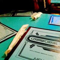 รูปภาพถ่ายที่ Counter Culture โดย Jin C. เมื่อ 8/31/2012
