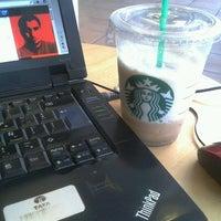 Foto tomada en Starbucks por Arnab K. el 9/3/2012