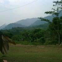 Das Foto wurde bei Cijengkol, cigudeg von Indra D. am 7/2/2012 aufgenommen