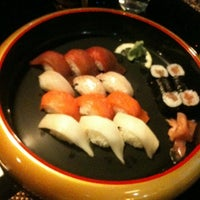 Photo taken at Restaurante Japonés Sakura VII by Alberto R. on 4/14/2011