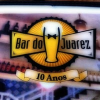 Photo taken at Bar do Juarez - Pinheiros by Daniel F. on 4/20/2011