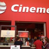 Foto tomada en Cinemex por Ernesto M. el 7/23/2012
