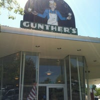 Photo taken at Gunther's Quality Ice Cream by Harold H. on 7/22/2012