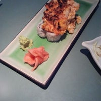 Photo taken at Sushi Inaka by Fadia H. on 2/21/2012
