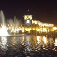 Снимок сделан в Площадь Республики пользователем Ani 8/22/2012