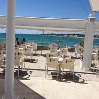Foto tomada en La Daurada Beach Club por Perico O. el 8/26/2012