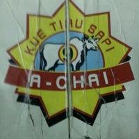 "Foto diambil di Kwetiaw Sapi ""A-Chai"" oleh Harun J. pada 9/1/2012"