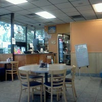 Photo taken at Mamas Kitchen by Amy T. on 6/1/2012