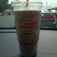 Photo taken at Dunkin' Donuts by Kevin T. on 7/13/2012
