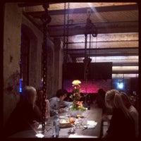 Das Foto wurde bei Sage Restaurant & Beach von Shayan S. am 4/20/2012 aufgenommen