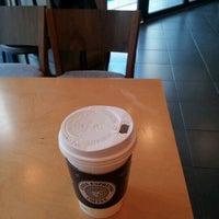 Photo taken at EDIYA COFFEE by Jinuk Y. on 4/5/2012