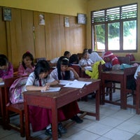 Photo taken at SD Negeri 5 Lubuklinggau by Rere A. on 5/23/2012