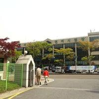 Photo taken at 서부운전면허시험장 by DH L. on 4/28/2012