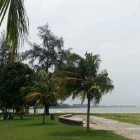 Foto tomada en Pantai Mersing por Ska A. el 8/4/2012