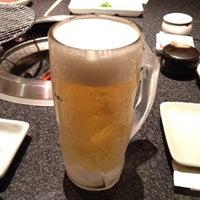 Photo taken at 炭火焼肉 のて 豊中庄内店 by hirowtjp on 4/10/2012