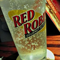 Photo taken at Red Robin Gourmet Burgers by Mark J. on 8/4/2012