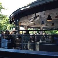 Das Foto wurde bei River Café von Grégoire B. am 7/23/2012 aufgenommen