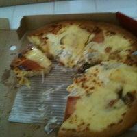 Photo prise au Pizza Hut par Quentin G. le5/8/2012