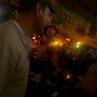 Das Foto wurde bei Sly McFly's von Natalie F. am 3/3/2012 aufgenommen