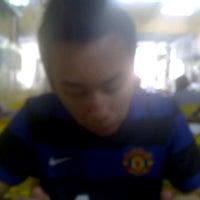 Photo taken at 美心咖啡店 Kedai Makanan Maxim Kopitiam by Gilbert W. on 2/28/2012