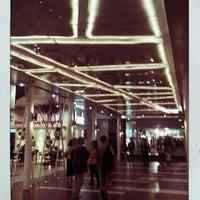 Foto diambil di Plaza Bintaro Jaya oleh Johannes R. pada 6/9/2012