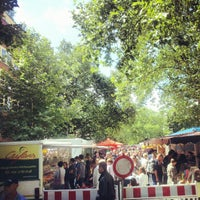 Photo taken at Wochenmarkt am Kollwitzplatz by B. B. on 7/21/2012