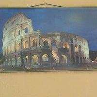 Foto tomada en Roma Café por Antonio P. el 2/18/2012