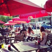 Снимок сделан в Bartok Bar пользователем Denis B. 4/7/2012