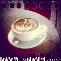 Photo taken at West End Coffee House by Yuenyi L. on 5/9/2012
