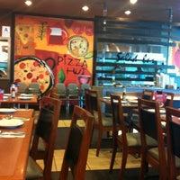 Photo taken at Pizza Hut by Zuraini I. on 3/11/2012